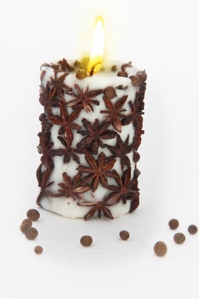 Свеча Эко ручной работы SPICY NIGHT light со звездочками аниса, d 8 h 10 см/ круглая