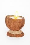 Свеча Эко ручной работы COCONUT в скорлупе кокоса с ванилью d 8-10 h 9-12 см